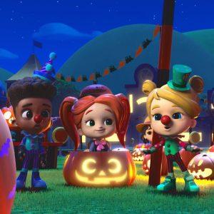'Hello Halloween' Song for Kids 🎃 Netflix Jr Jams